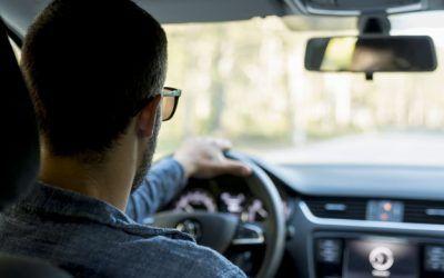 Cómo proteger tus ojos cuando conduces